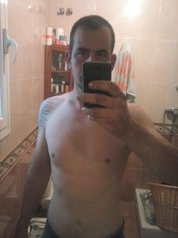 Знакомства. Познакомлюсь с девушкой. Парень, 29 года ищет девушку - Lleida, Испания