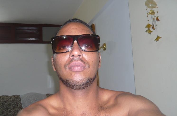 Знакомства. Познакомлюсь с женщиной. Мужчина, 35 года ищет женщину - La Habana, Куба