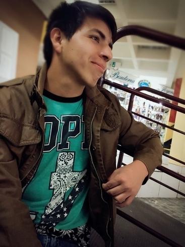 Знакомства. Познакомлюсь с девушкой. Парень, 21 года ищет девушку - Arequipa, Перу