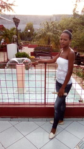 Знакомства. Познакомлюсь с парнем. Девушка, 25 года ищет парня - Santiago De Cuba, Куба