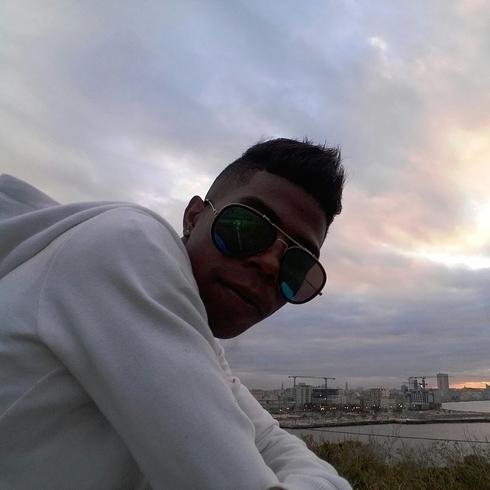 Знакомства. Познакомлюсь с девушкой. Парень, 25 года ищет девушку - La Habana, Куба