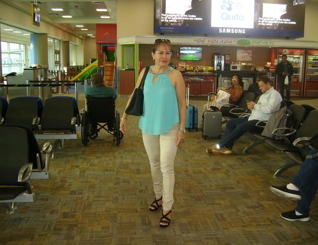Знакомства. Познакомлюсь с мужчиной. Женщина, 48 года ищет мужчину - Babahoyo, Эквадор
