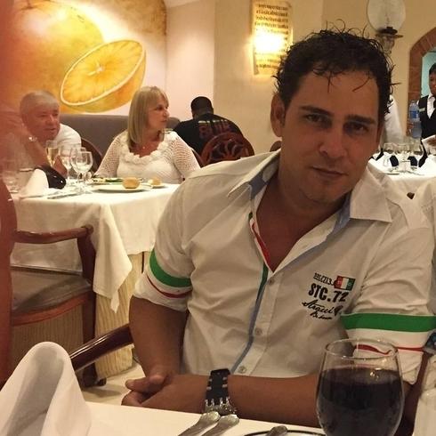 Знакомства. Познакомлюсь с женщиной. Мужчина, 38 года ищет женщину - La Habana, Куба