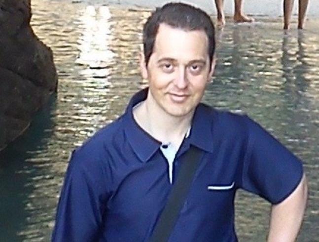 Знакомства. Познакомлюсь с женщиной. Мужчина, 38 года ищет женщину - Badalona, Испания