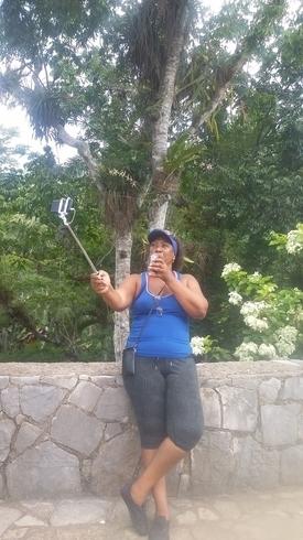 Знакомства. Познакомлюсь с мужчиной. Женщина, 50 года ищет мужчину - La Habana, Куба