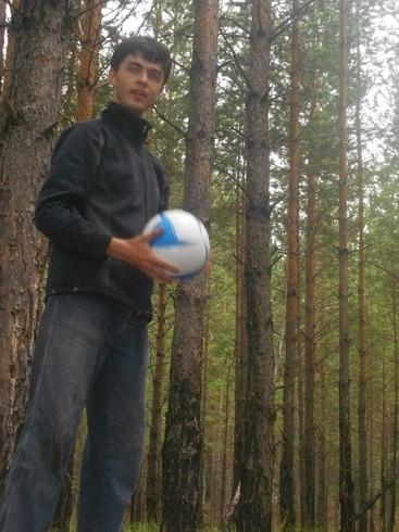 Знакомства. Познакомлюсь с девушкой. Парень, 26 года ищет девушку - Курган, Российская Федерация