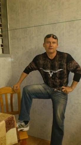 Знакомства. Познакомлюсь с женщиной. Мужчина, 41 года ищет женщину - Santa Cruz De Tenerife, Испания