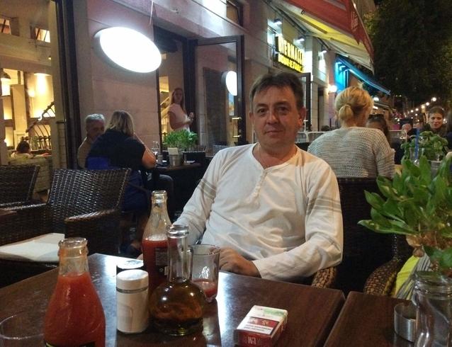 Знакомства. Познакомлюсь с женщиной. Мужчина, 43 года ищет женщину - Аликанте, Испания