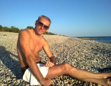 Знакомства. Познакомлюсь с женщиной. Мужчина, 40 года ищет женщину - Kuban, Российская Федерация