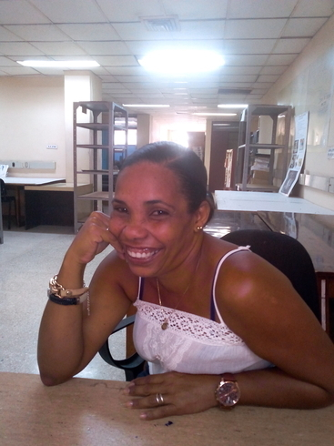 Знакомства. Познакомлюсь с мужчиной. Женщина, 44 года ищет мужчину - La Habana, Куба