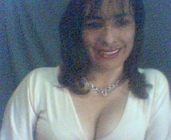 Знакомства. Познакомлюсь с мужчиной. Женщина, 41 года ищет мужчину - La Libertad, Коста Рика