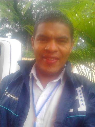 Знакомства. Познакомлюсь с женщиной. Мужчина, 32 года ищет женщину - Tegucigalpa, Гондурас