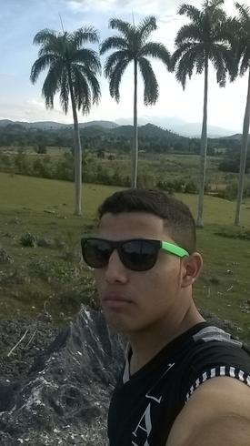 Знакомства. Познакомлюсь с девушкой. Парень, 17 года ищет девушку - Holguin, Куба