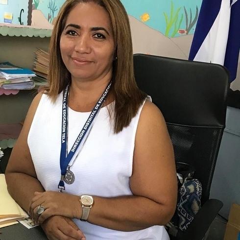 Знакомства. Познакомлюсь с мужчиной. Женщина, 47 года ищет мужчину - Tela, Гондурас