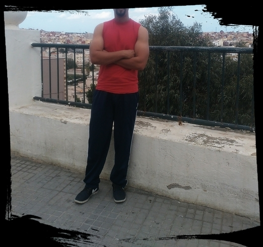 Знакомства. Познакомлюсь с женщиной. Мужчина, 31 года ищет женщину - Melilla, Испания