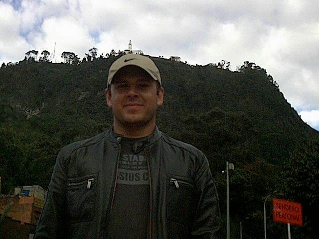 Знакомства. Познакомлюсь с женщиной. Мужчина, 40 года ищет женщину - Palmira, Колумбия