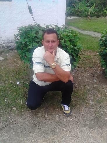 Знакомства. Познакомлюсь с женщиной. Мужчина, 43 года ищет женщину - Sagua De Tánamo. Holguín, Куба