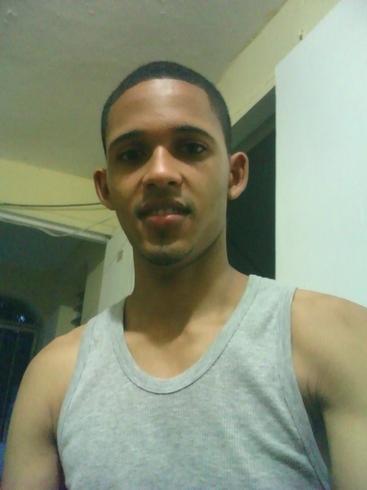 Знакомства. Познакомлюсь с девушкой. Парень, 22 года ищет девушку - Santiago, Доминиканская Республика