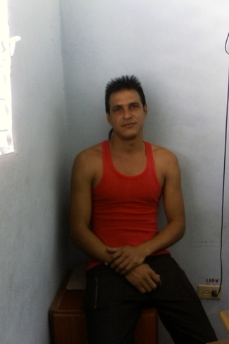 Знакомства. Познакомлюсь с женщиной. Мужчина, 34 года ищет женщину - Granma, Куба