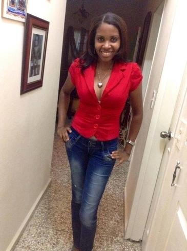 Знакомства. Познакомлюсь с мужчиной. Женщина, 34 года ищет мужчину - Santo Domingo Este, Доминиканская Республика