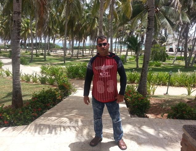 Знакомства. Познакомлюсь с женщиной. Мужчина, 35 года ищет женщину - Santi Spiritus, Куба